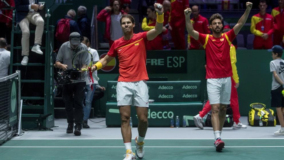 Nadal y Granollers celebran la victoria. (EFE)