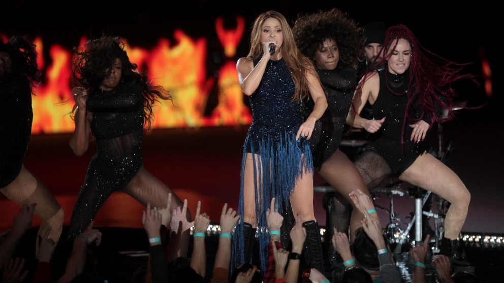 Shakira actúa en la Copa Davis. (Alberto Simón)