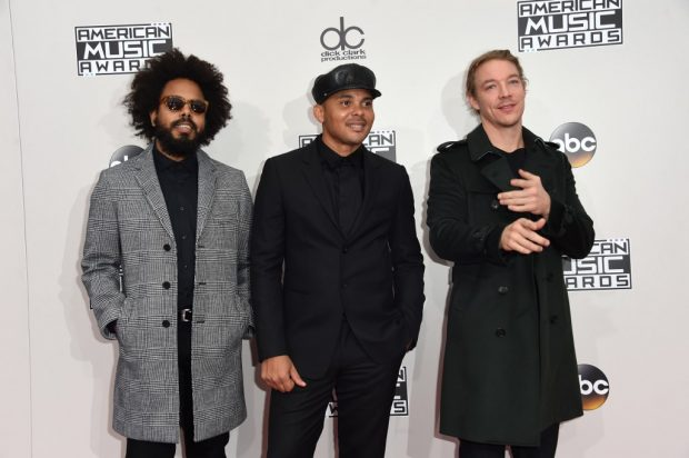 Los tres integrantes de Major Lazer. Foto: AFP