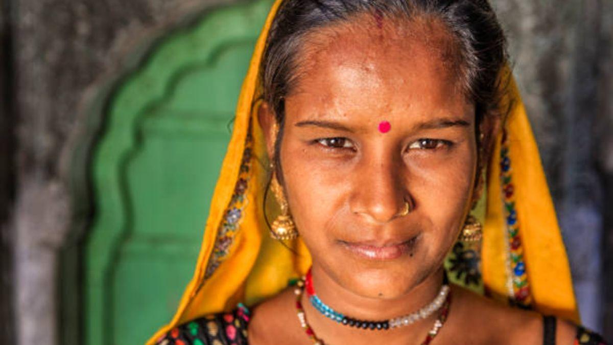 El significado del bindi o punto rojo en la frente de los hindúes