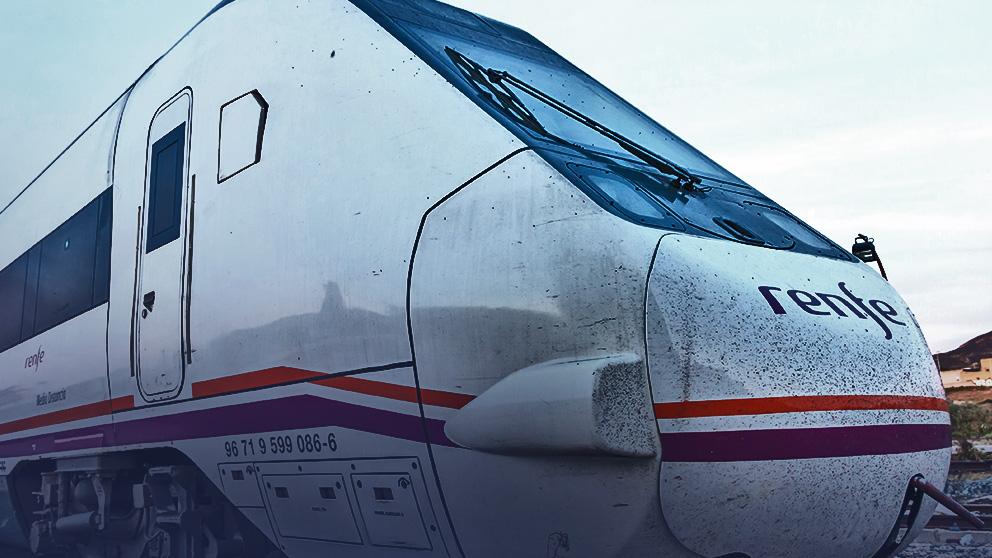 Tren de larga distancia de AVE.