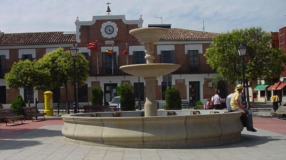 Ayuntamiento de Paracuellos del Jarama. (Foto. Wikimedia)