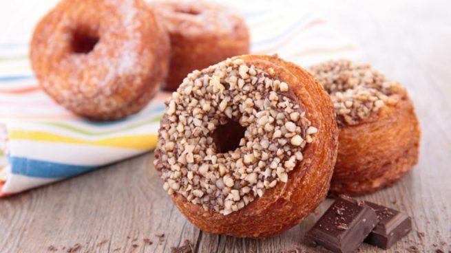 Receta de donuts veganos rellenos de chocolate