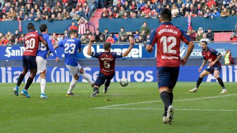 Kenan Kodro, con el Athletic, frente a Osasuna (Athletic Club)