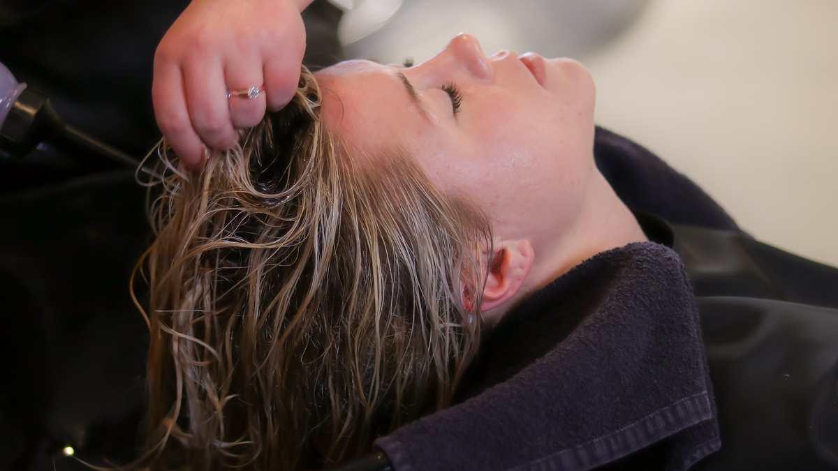 ¿Cómo teñir tu cabello si tienes psoriasis?