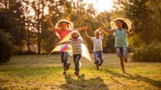 Descubre las pautas para que los niños crezcan siendo optimistas