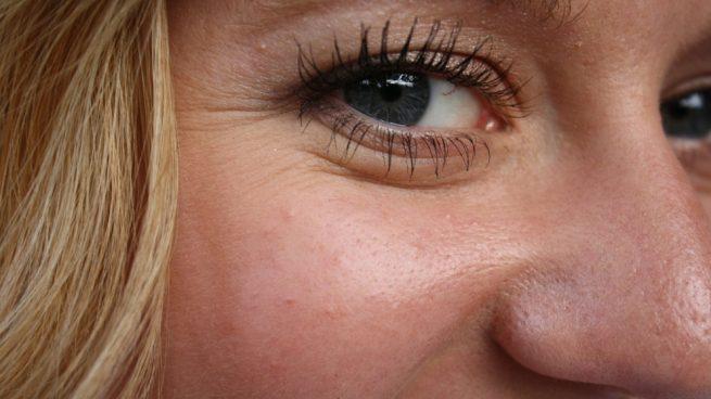 La piel alrededor de los ojos