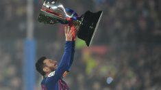 Messi levanta la Liga 2018-2019. (Getty)