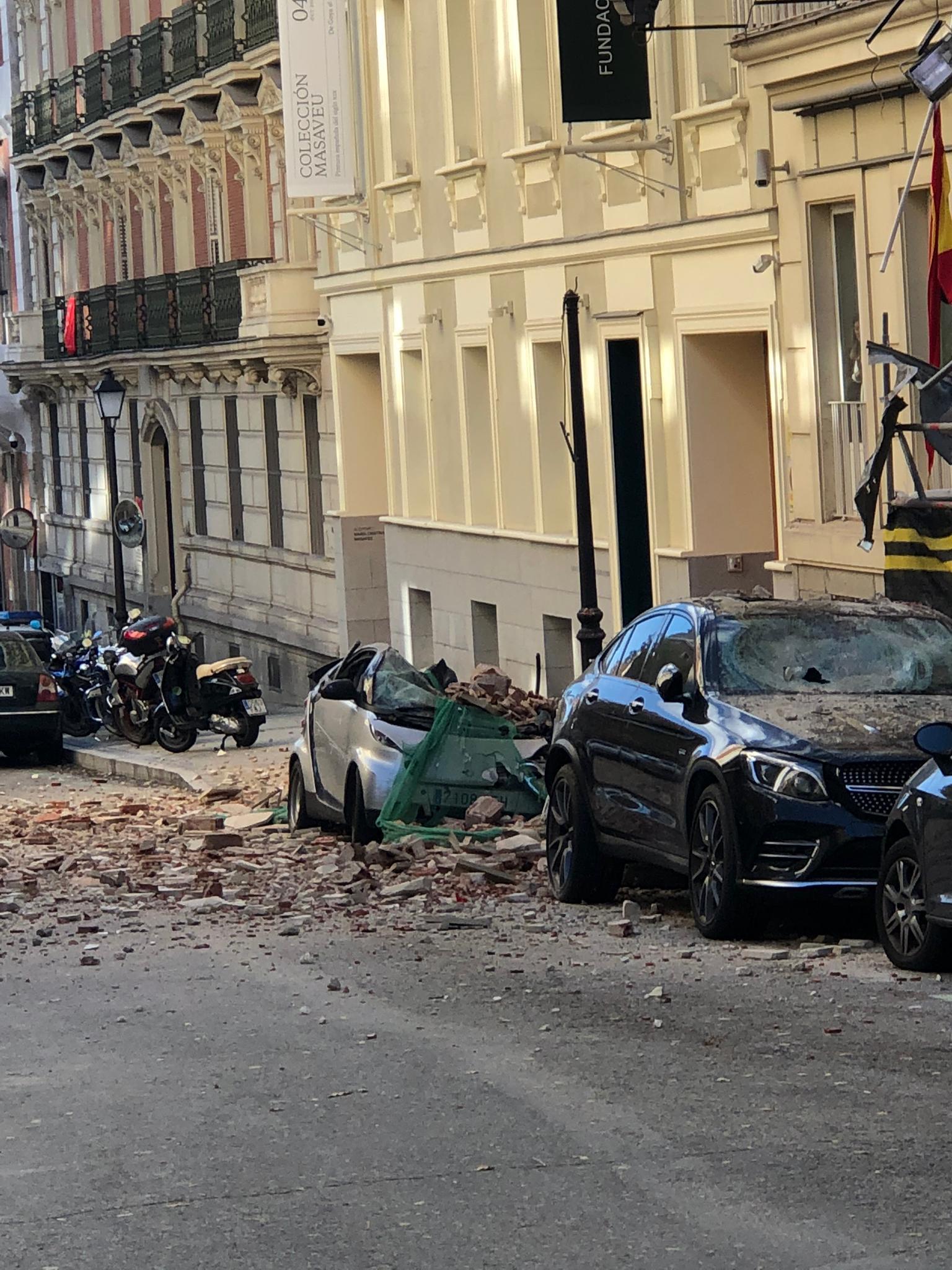 Imagen de los destrozos de este lunes en Chamberí.