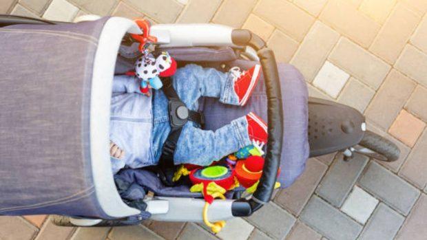 Cómo ahorrar al comprar el cochecito del bebé