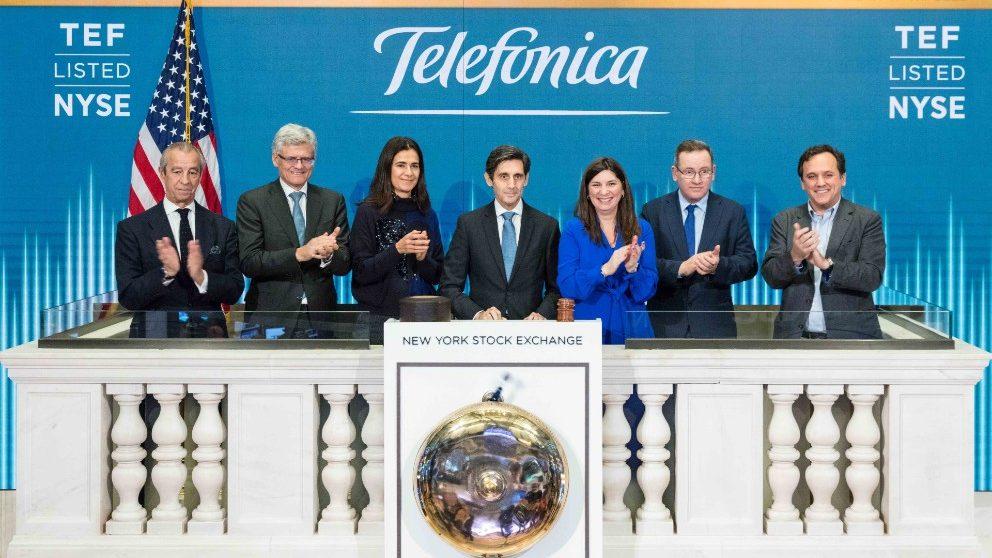 El presidente de Telefónica, José María Álvarez-Pallete, protagonista del toque de campana en Wall Street.
