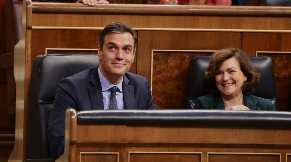 Pedro Sánchez y Carmen Calvo en la constitución del Congreso tras las elecciones del 10-N. (Foto. PSOE)
