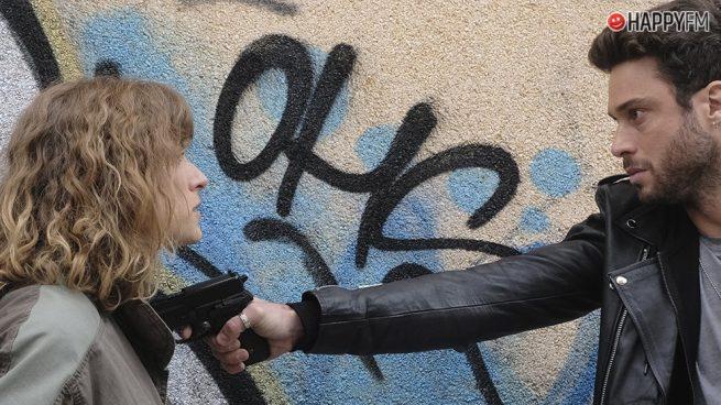 'Servir y proteger': Silvia engaña a Álvaro y él cae en su trampa