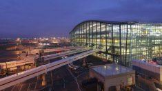 El 16 de diciembre de 1955 se inaugura la ampliación del aeropuerto de Heathrow