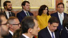 Isabel Díaz Ayuso junto a Pablo Casado y otros presidentes autonómicos