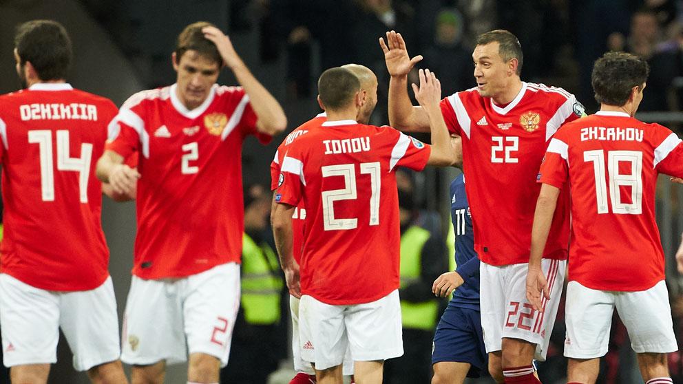 La selección rusa durante un partido de clasificación a la Eurocopa 2020 (Getty)