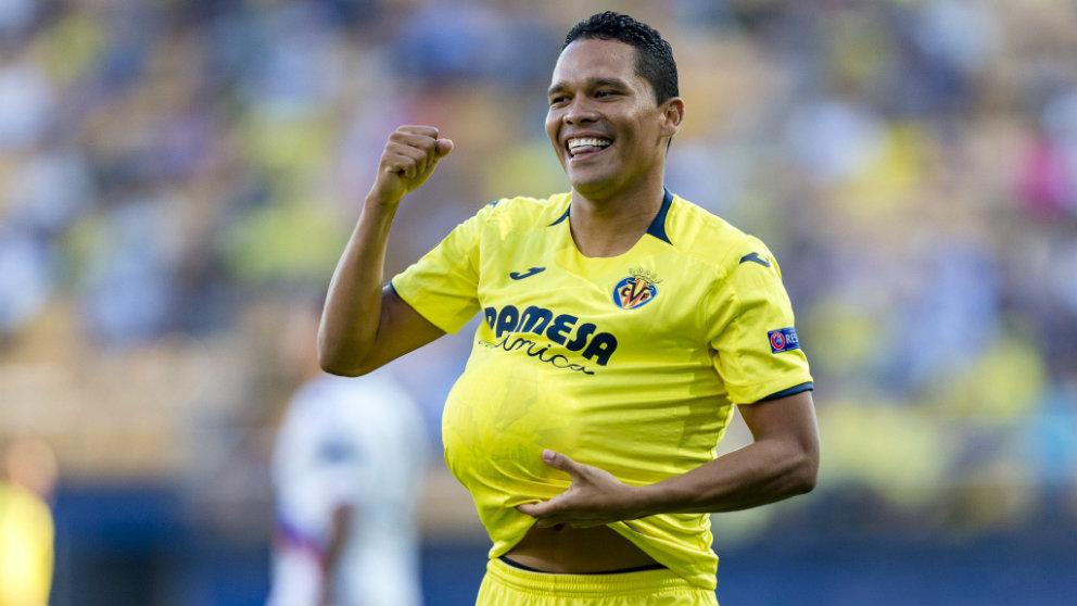 Carlos Bacca celebra un gol con el Villarreal (Villarreal Club de Fútbol)