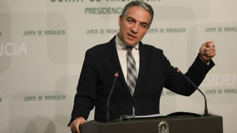 Andalucía admite atravesar una tercera ola «agresiva» de «casi el mismo nivel que la primera».