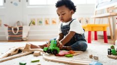 Descubre porqué tener muchos juguetes no es para nada aconsejable