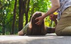 En el suelo, epilepsia
