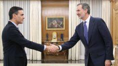 Felipe VI recibe a Pedro Sánchez en la Zarzuela