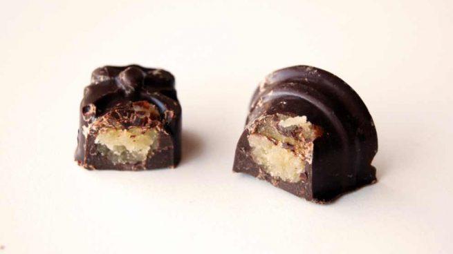 Casa y Jardín- -Gastronomia Mazapan-con-cobertura-de-chocolate-655x368