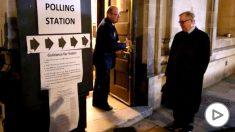 Un colegio electoral en Reino Unido. Foto: EP