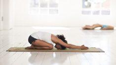 El yoga somático es una de las muchas variantes del yoga