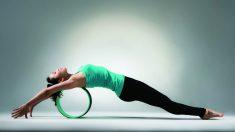 El yoga wheel es una variante del yoga muy ventajosa para la espalda