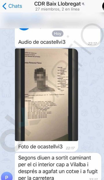 La Policía descubre que mossos separatistas pasan información en un chat a los CDR