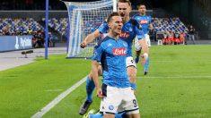 Milik y Fabián celebran un gol con el Nápoles. (Getty)