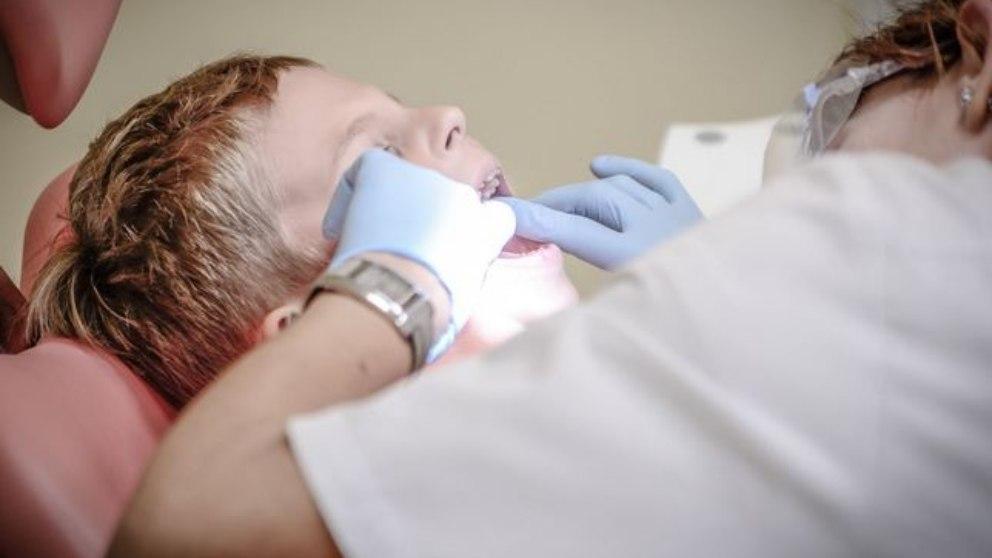 Consejos para la primera consulta al dentista