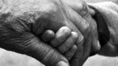 ¿Qué es la enfermedad rara de la adiposis dolorosa?