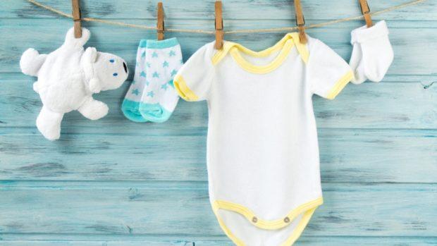 Cómo crear un kit de recuerdos para tu bebé