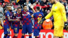 Los jugadores del Barcelona celebran un gol contra el Alavés. (EFE)