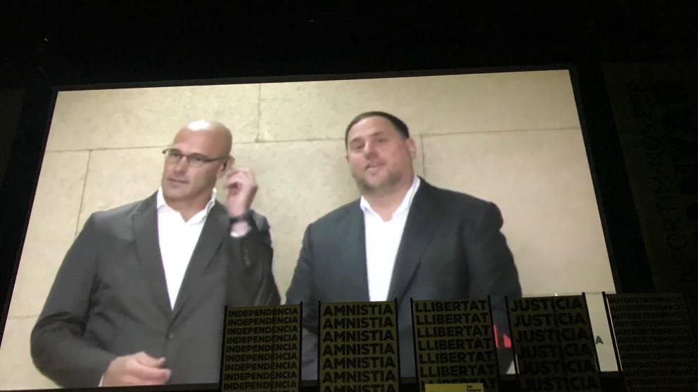 Oriol Junqueras y Raül Romeva durante su intervención desde la cárcel en el Congreso de ERC.