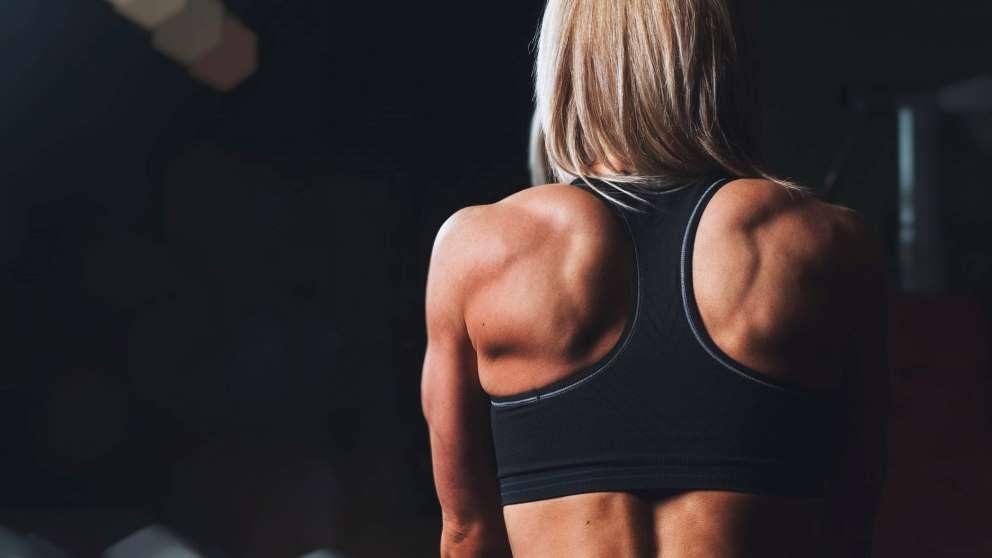 Hay ejercicios indicados para mejorar la postura corporal