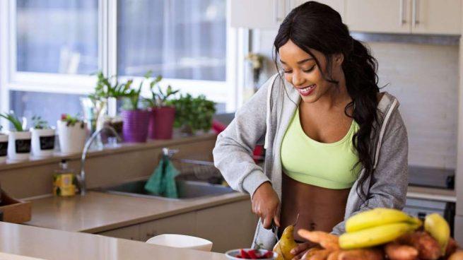 cómo puedo bajar de peso sin ejercicios