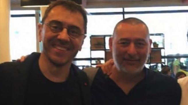 Juan Carlos Monedero y César Hernández Paredes, fundador de Neurona.