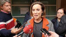 Cuca Gamarra atiende a los medios de comunicación en Salamanca (Foto: EP).