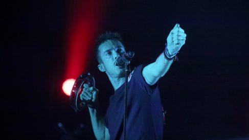 El cantante de Vetusta Morla, Pucho, durante el concierto. Foto: EFE