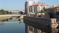 Imagen de archivo del río Segura en Murcia. Foto: EFE