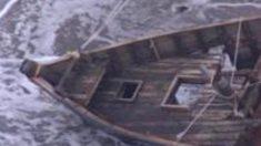 Aparece un barco fantasma en Japón con dos cabezas y cinco cuerpos