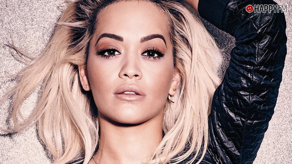 Rita Ora sorprende con estas imágenes en la playa