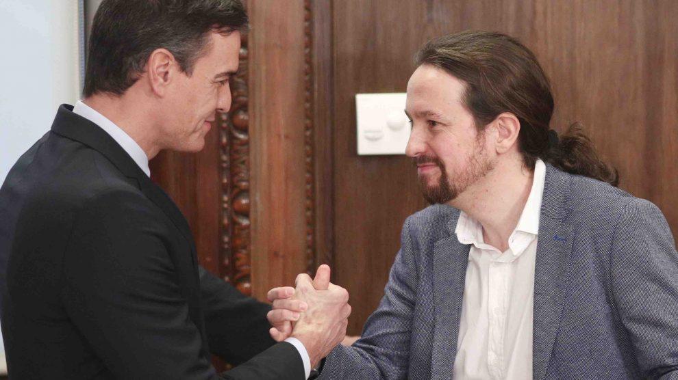El presidente del Gobierno, Pedro Sánchez y el secretario general de Podemos, Pablo Iglesias, Fuente: EuropaPress