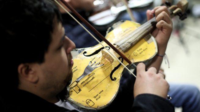 La orquesta de instrumentos reciclados vuelve al Teatro Real de Madrid
