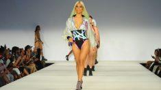 Las modelos caminan erguidas y con una pose fantástica