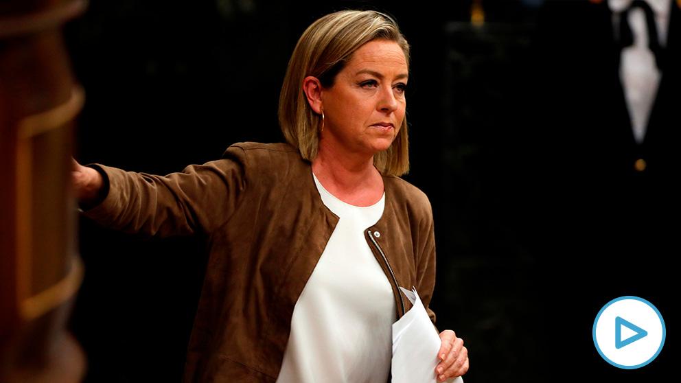 La diputada de Coalición Canaria, Ana Oramas, tras su intervención ante el pleno del Congreso de los Diputados. (Foto: EFE).