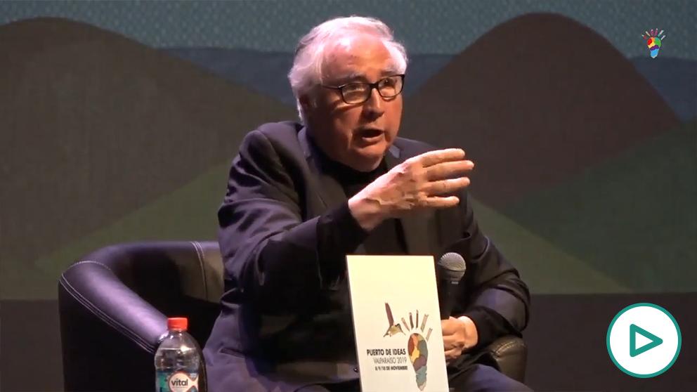 Conferencia de Manuel Castells, el pasado mes de noviembre de Chile.