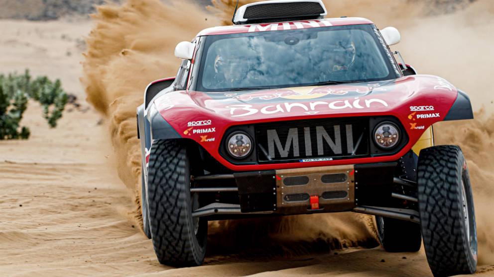 Carlos Sainz, durante una etapa del Dakar 2020. (AFP)
